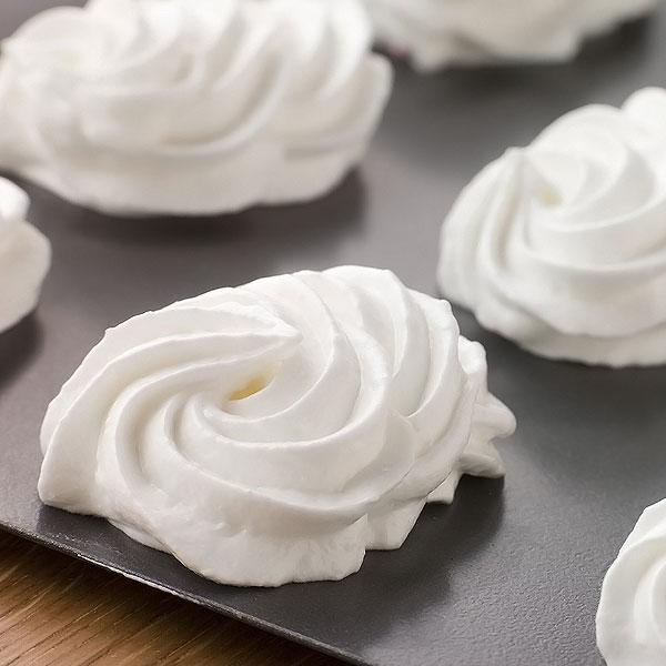 Recipes mary berry lemon meringue ice cream with lemon balm 15 minutes fandeluxe Gallery